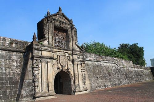 fort-santiago-gate